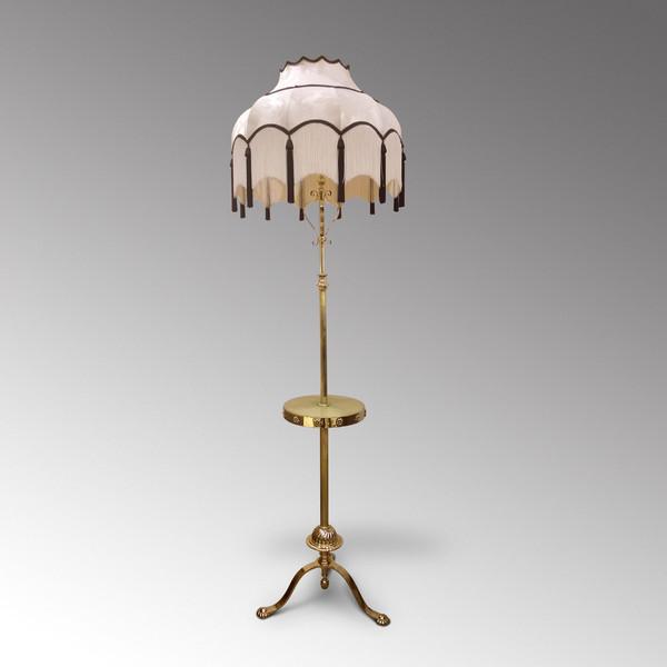 1920s-lamp-photo-13