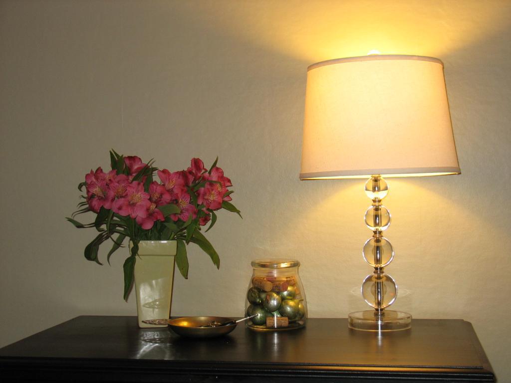 acrylic-ball-lamp-photo-9