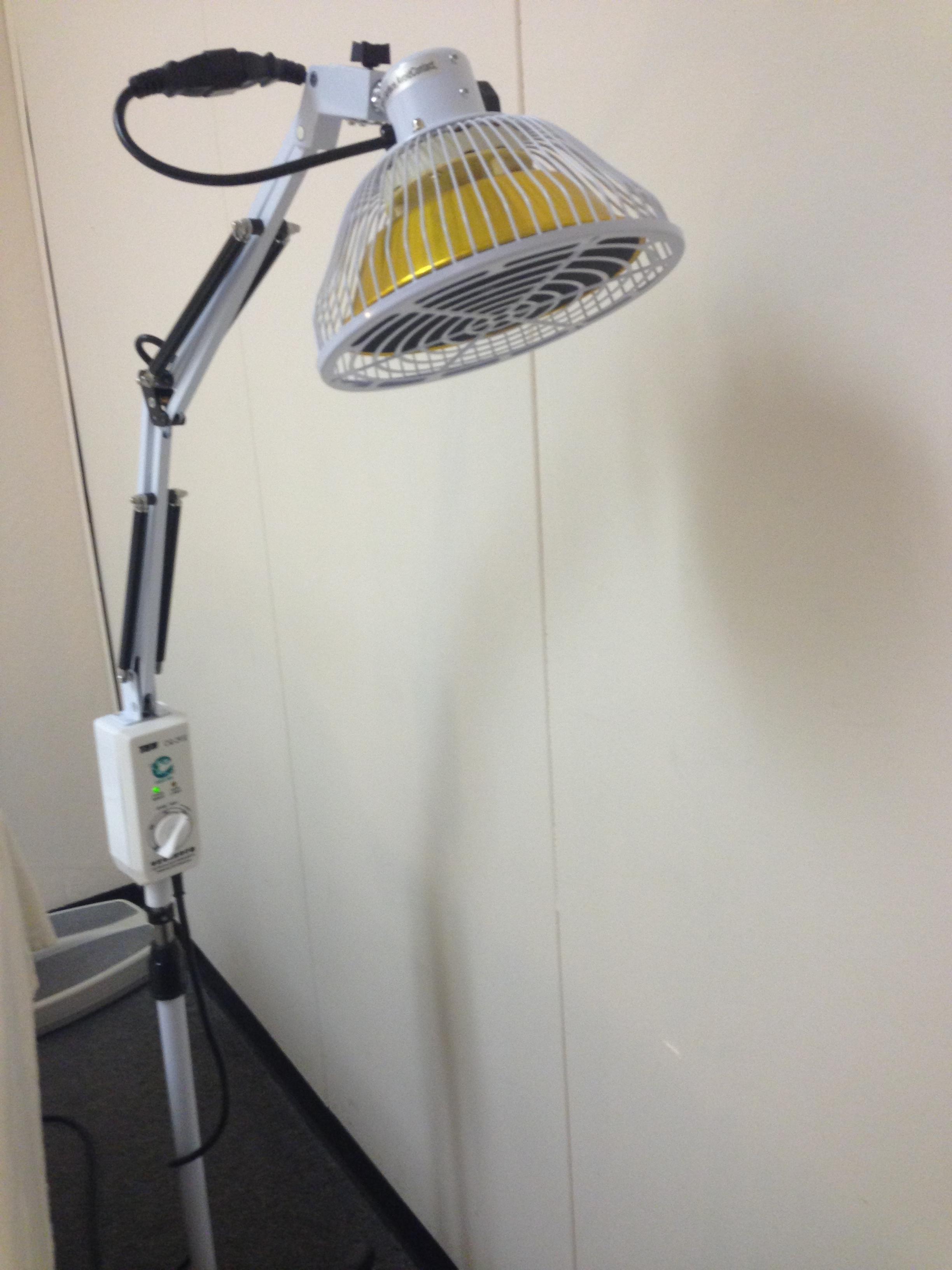 acupuncture-heat-lamp-photo-12