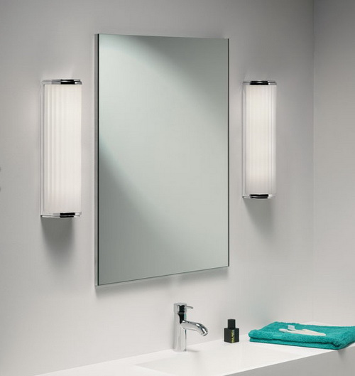 Make Yourself Glow With 16 Amazing Bathroom Wall Mirrors