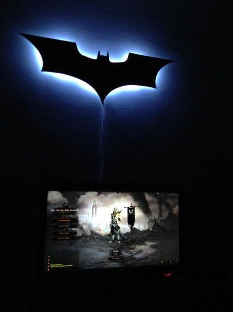 batman-wall-light-photo-8