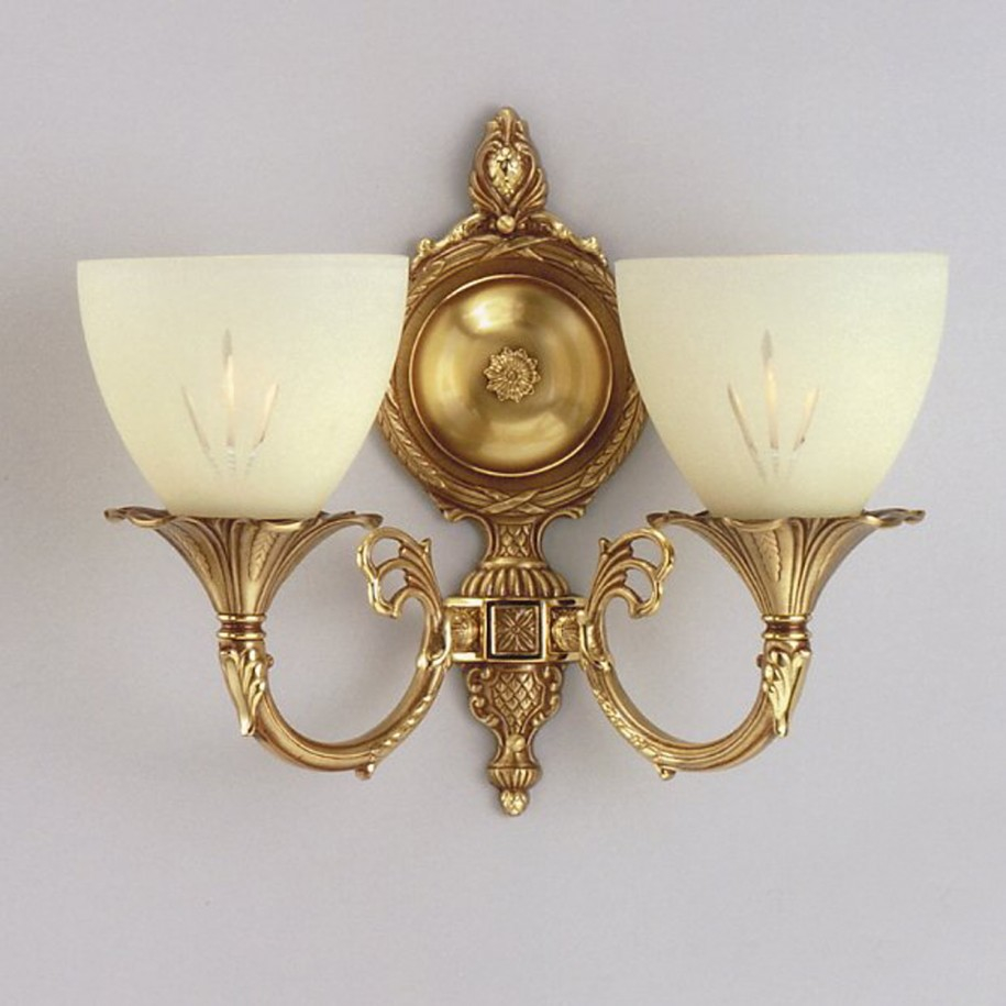 Classic wall lights 10 methods to make your room for Classic home lighting