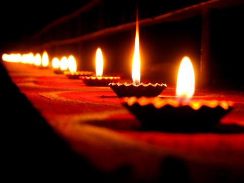 diwali-lamps-photo-7