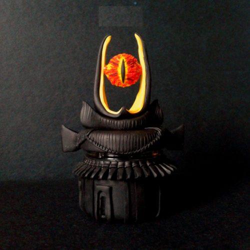 eye-of-sauron-desk-lamp-photo-11