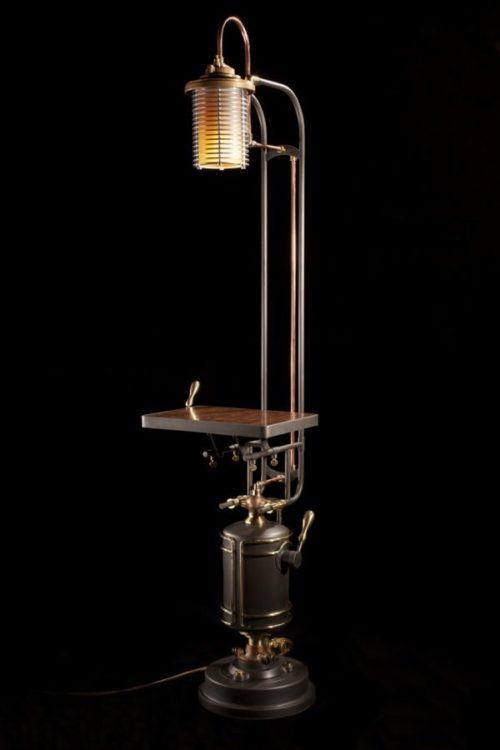 eye-of-sauron-desk-lamp-photo-9