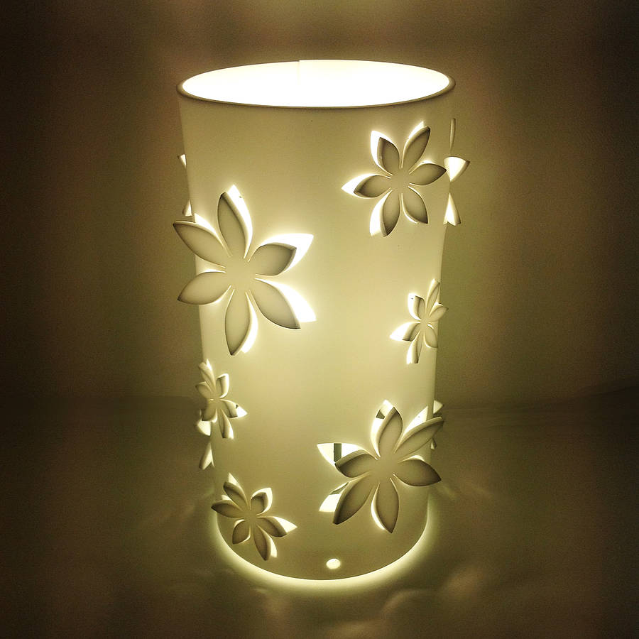 Flower Table Lamp   10 Perfect Ways To Make Your Table More Beautiful |  Warisan Lighting