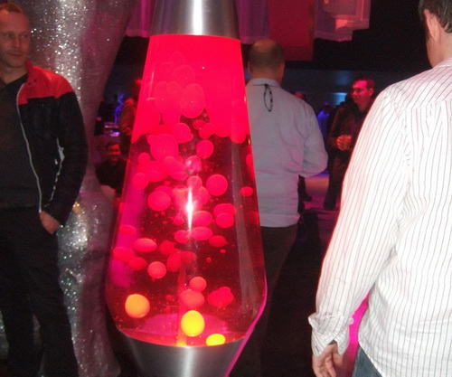 Giant-lava-lamps-photo-5