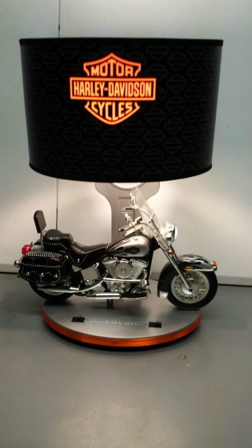 harley-davidson-motorcycle-lamp-photo-4