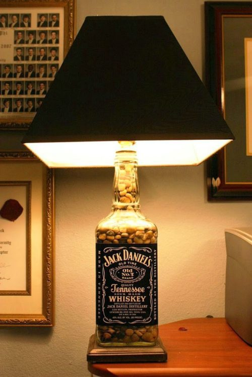 jack-daniels-bottle-lamp-photo-9