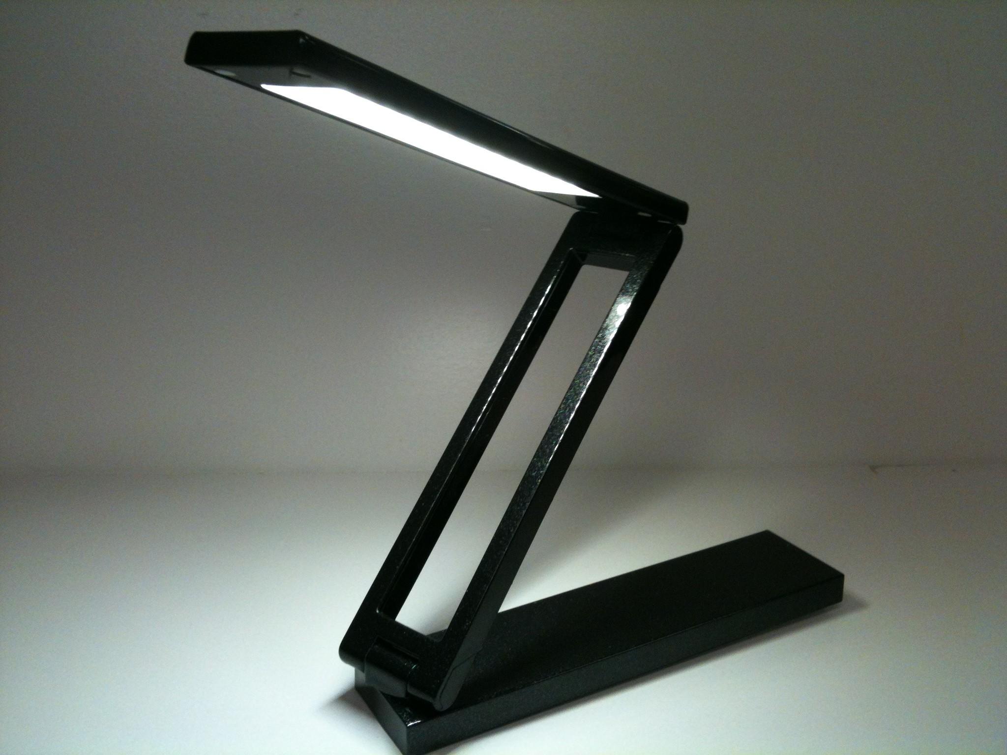 led-desk-lamps-photo-12
