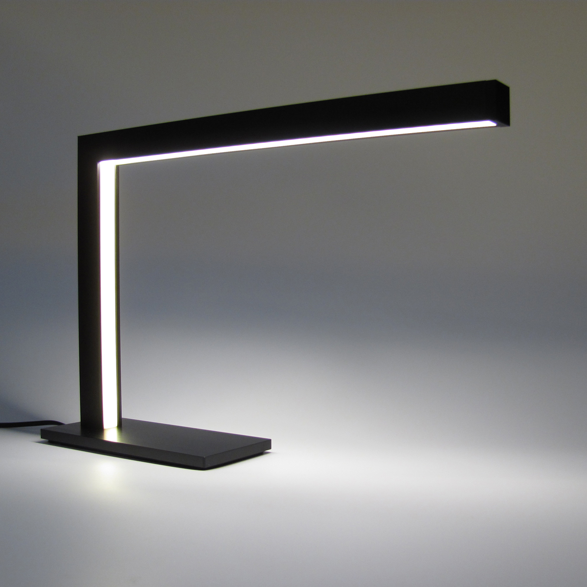 Led Desk Lamps Making You Protected From Stress And Strain Warisan Lighting
