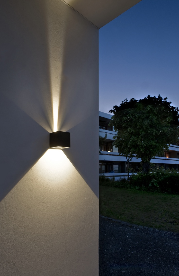Led outdoor wall lights enhance the architectural for Building exterior lighting design