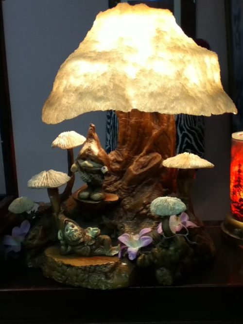 magic-mushroom-lamp-photo-5