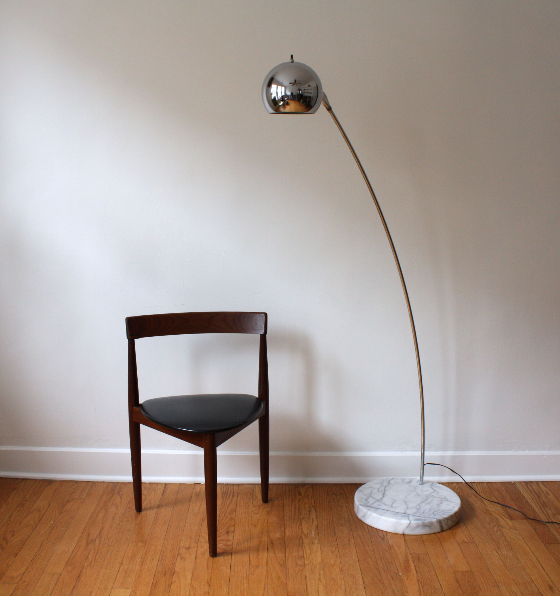 ^ Mid century floor lamps - when light ought to fall in a way that's ...