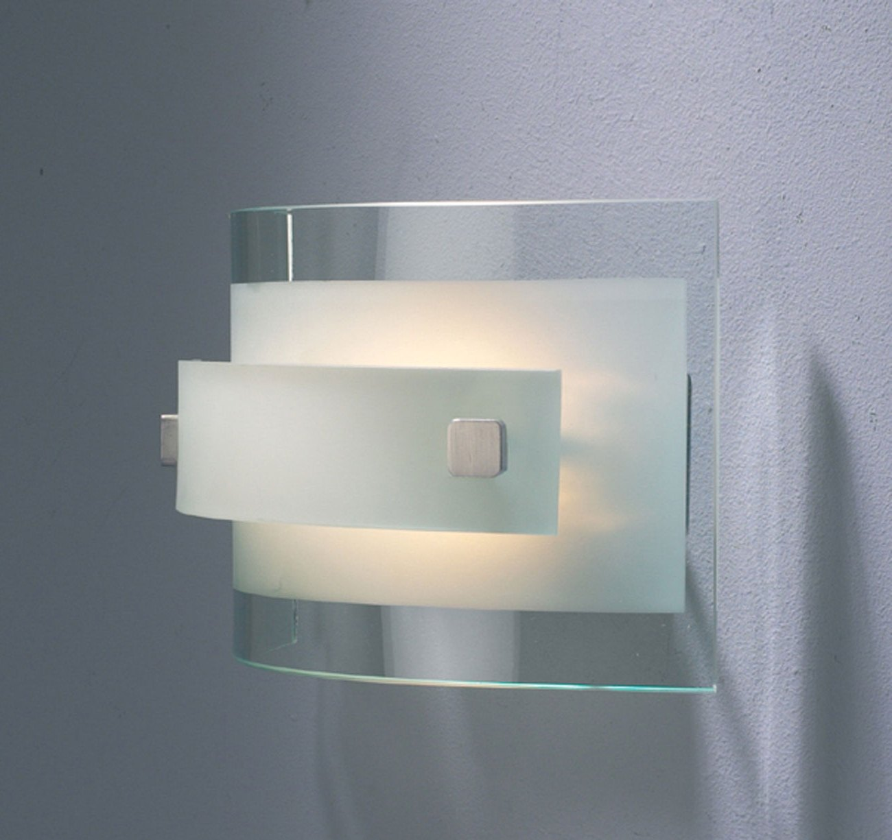 modern-wall-light-fixtures-photo-13