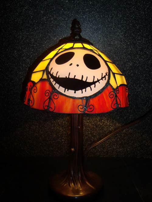 Nightmare-before-christmas-lamp-photo-12