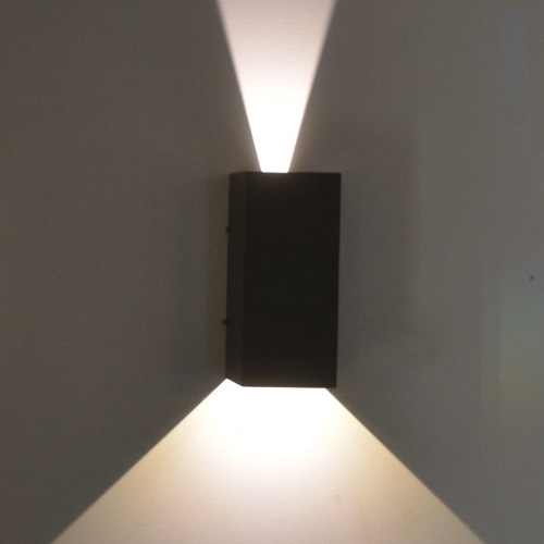 outdoor-up-and-down-wall-light-photo-10