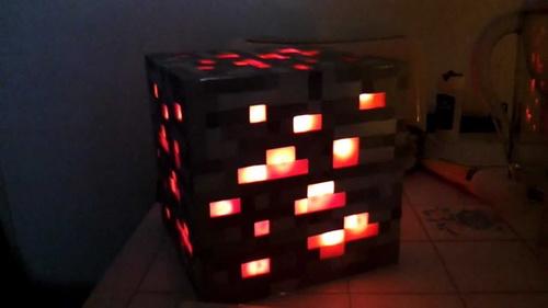 Red-stone-lamp-photo-8