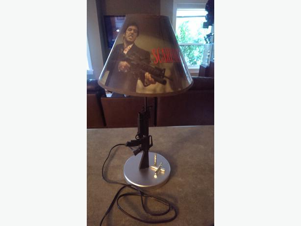 scarface-lamp-photo-5