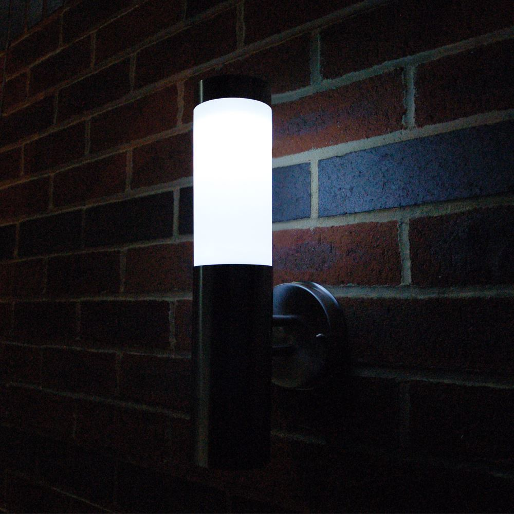 Wall Mounted Solar Lamps : Solar powered wall mounted lights - 19 Eco-friendly ways to light up your outdoor Warisan Lighting