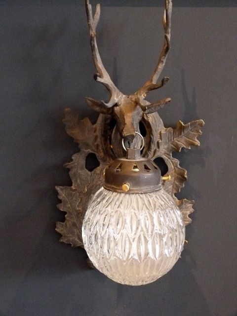 stag-wall-light-photo-8