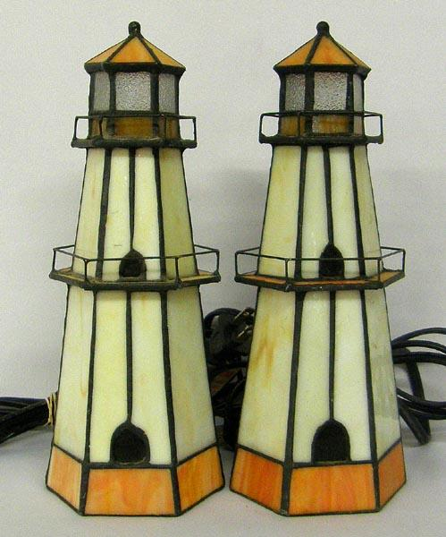 stained-glass-lighthouse-lamp-photo-3