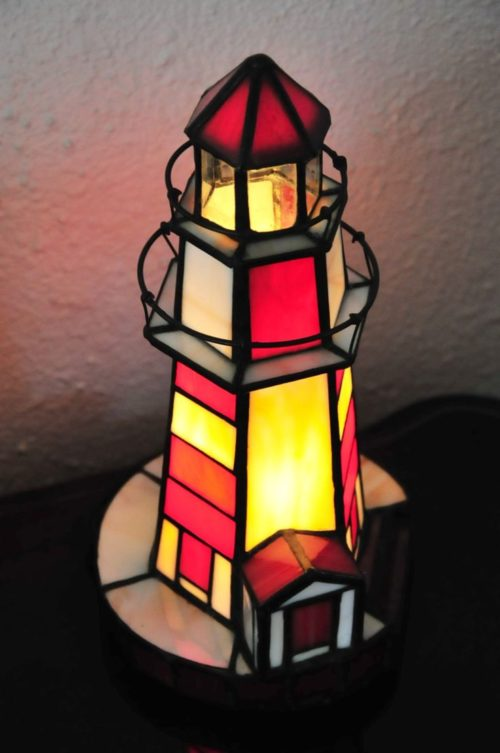 stained-glass-lighthouse-lamp-photo-4