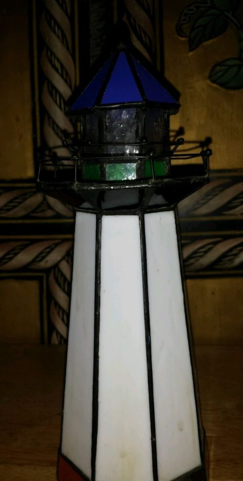 stained-glass-lighthouse-lamp-photo-6