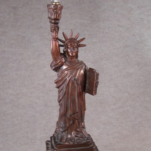 statue-of-liberty-lamp-photo-10