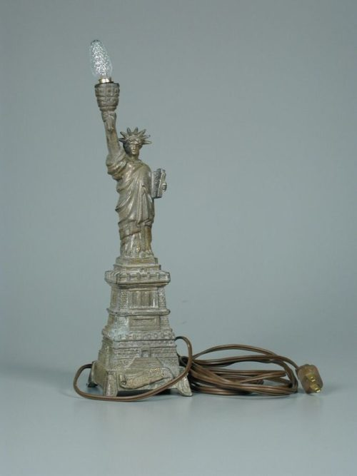 Statue Of Liberty Lamp The Wonders Of Lights Warisan