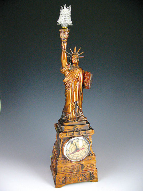 statue-of-liberty-lamp-photo-8