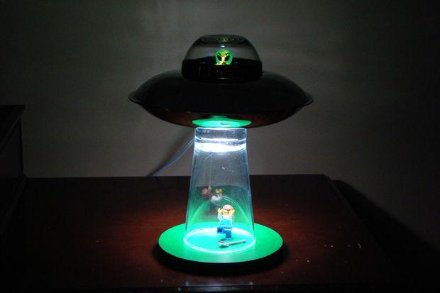 ufo-lamp-photo-11