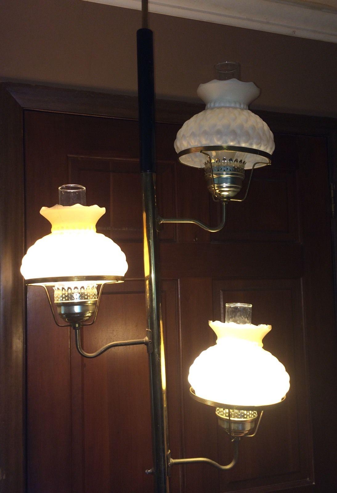 vintage-tension-pole-lamp-photo-10