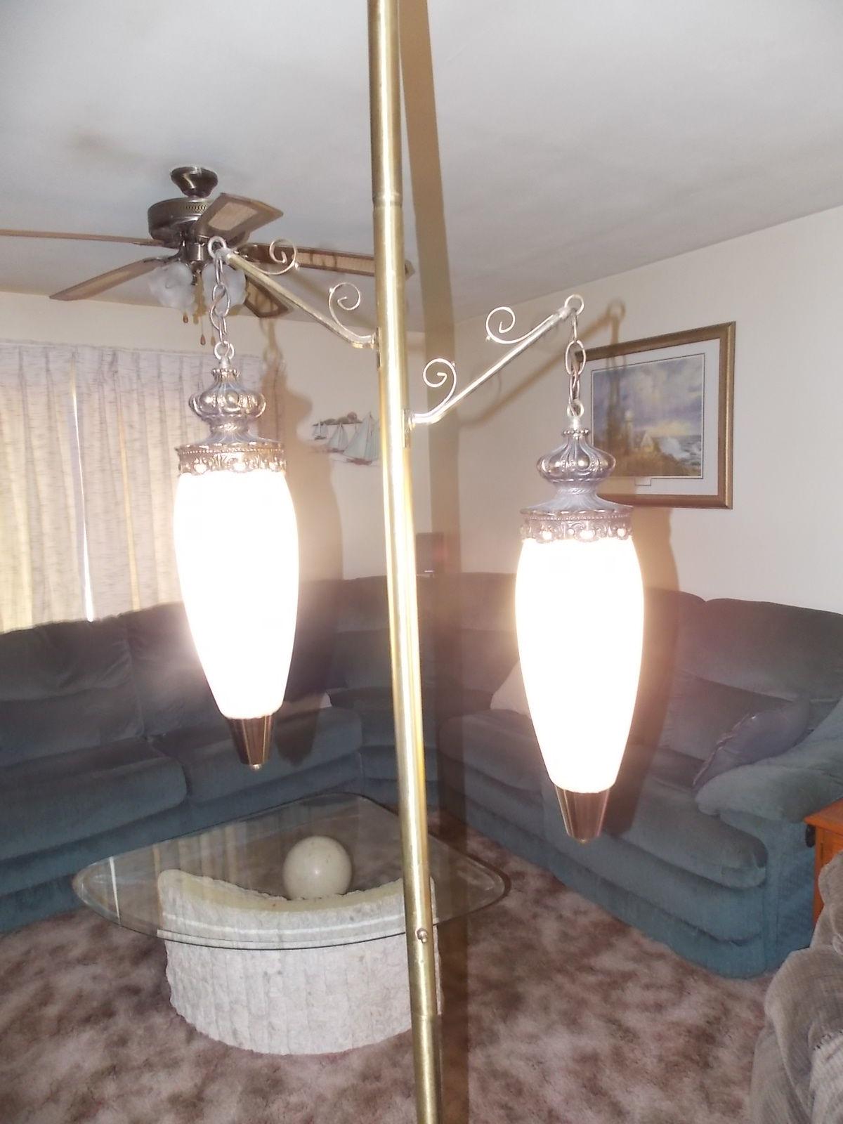 vintage-tension-pole-lamp-photo-13