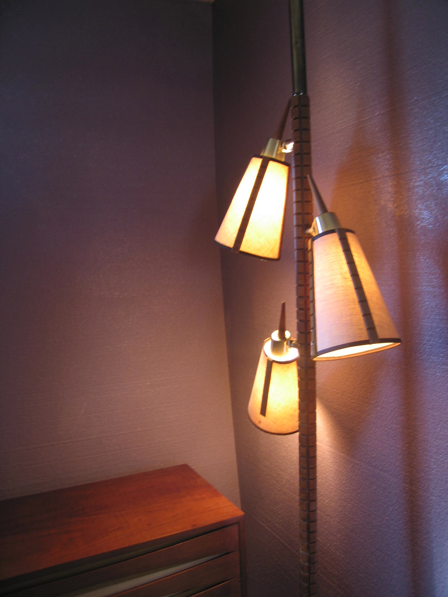 Vintage Tension Pole Lamp Photo 14