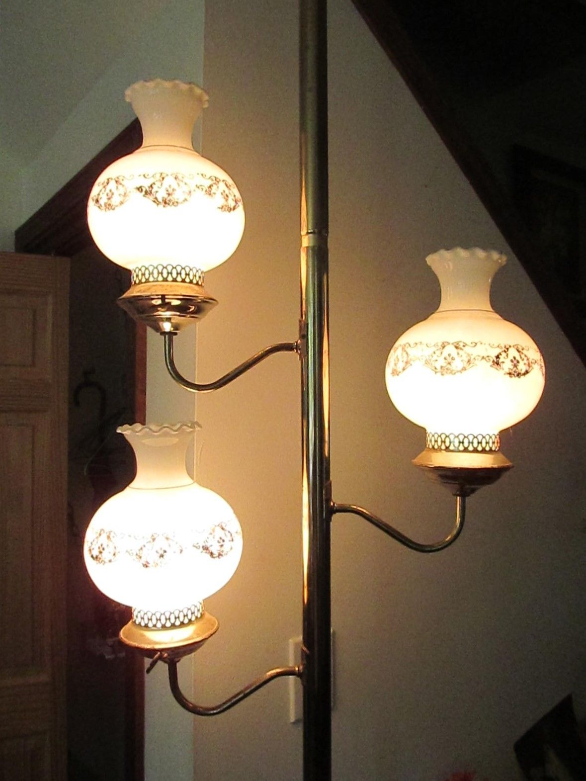 Vintage Tension Pole Lamp 16 Bonuses To The Beauty Of