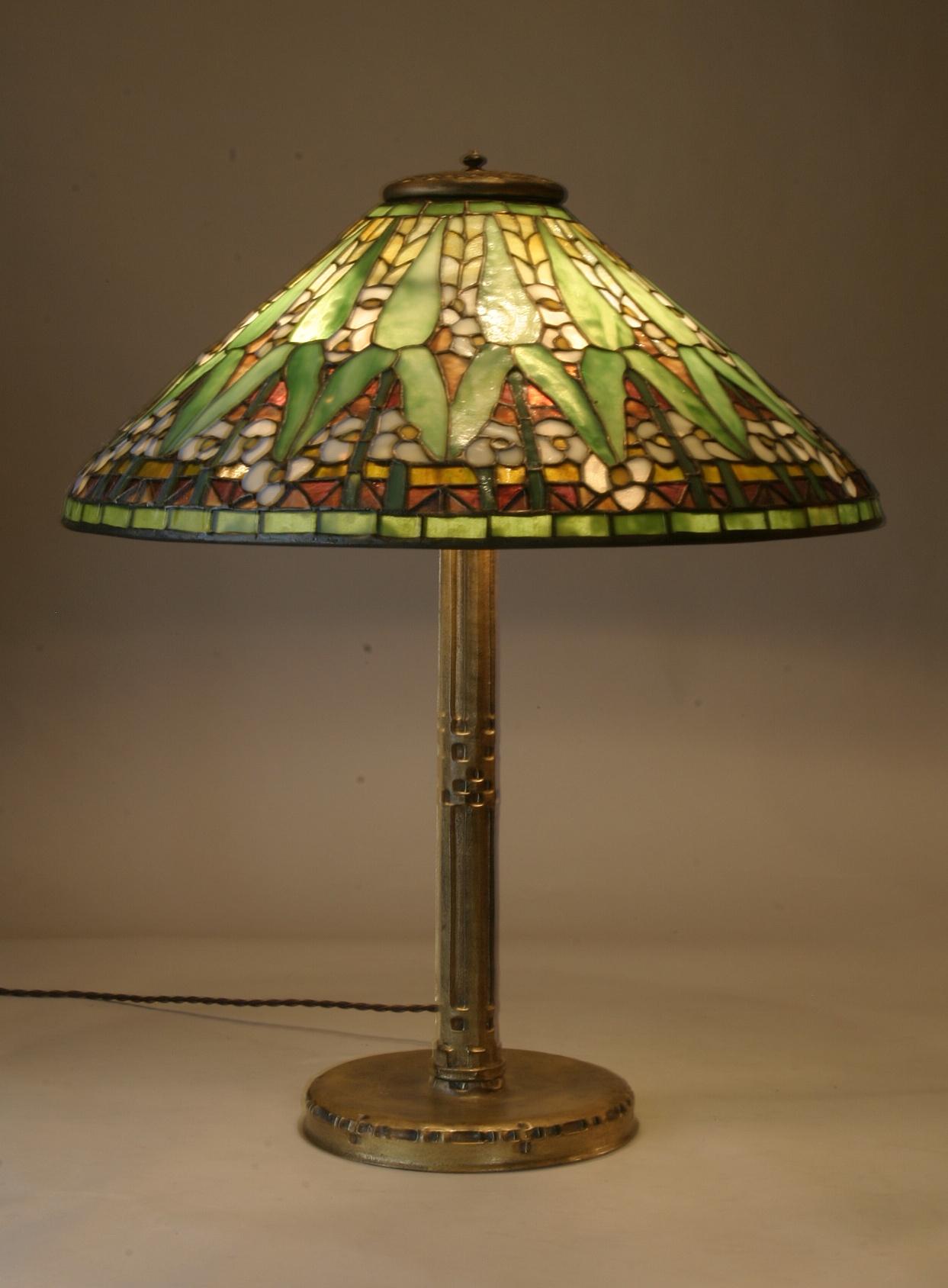 vintage-tiffany-lamps-photo-8