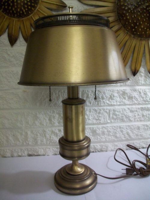 vintage-underwriters-laboratories-portable-lamp-photo-10