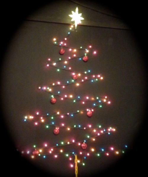 Wall Christmas Light Tree : How to make a chrismas wall tree - 15 amazing Wall christmas tree with lights Warisan Lighting