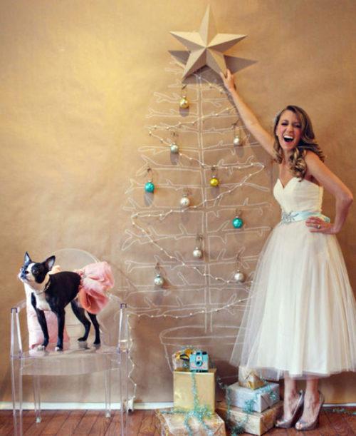 wall-christmas-tree-with-lights-photo-13