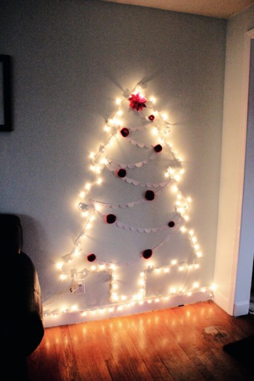 Fixing Christmas Lights To Wall : How to make a chrismas wall tree - 15 amazing Wall christmas tree with lights Warisan Lighting
