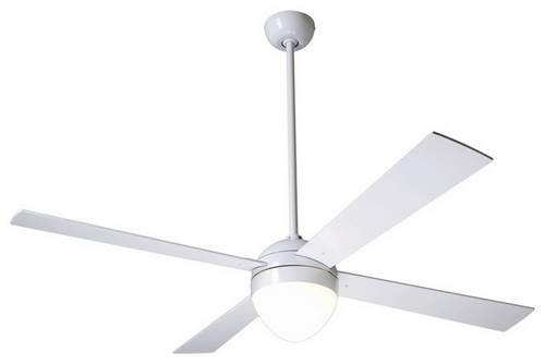 White-ceiling-fan-with-light-photo-8