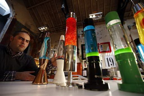 Who-invented-lava-lamps-photo-7