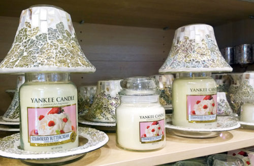 yankee-candle-lamp-photo-2