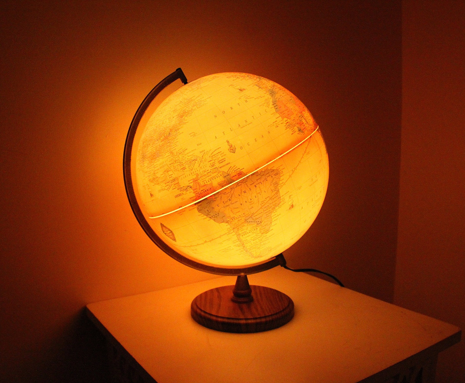Investing In Antique Table Lamps