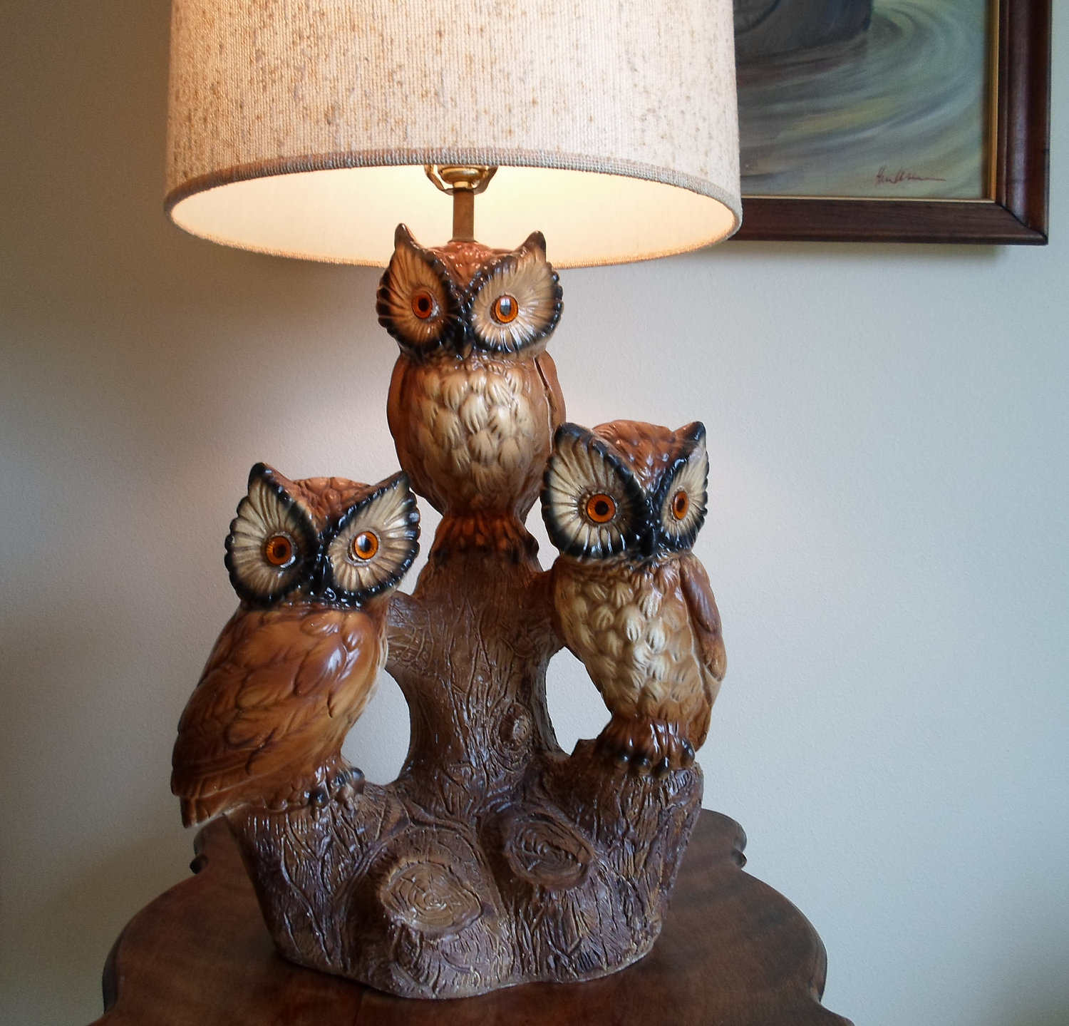 Make Your Bedroom Look Romantic With Antique Owl Lamp