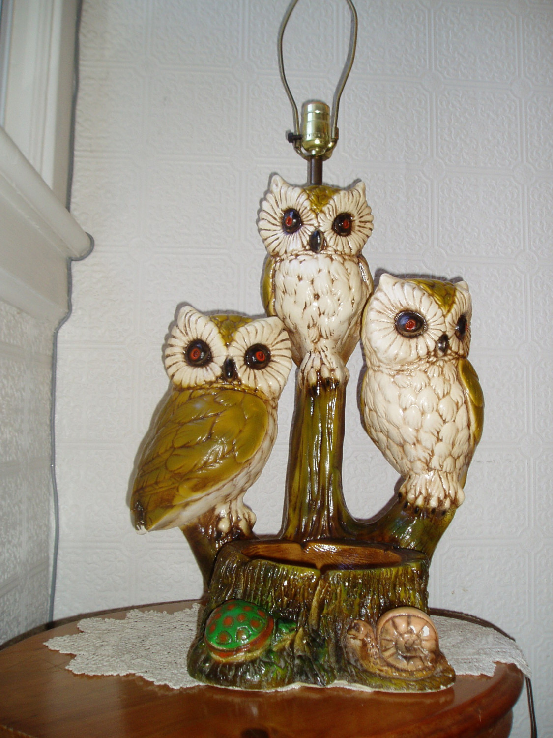 Vintage owl lamps - With Antique Owl Lamps Make Your Bedroom Look Romantic With