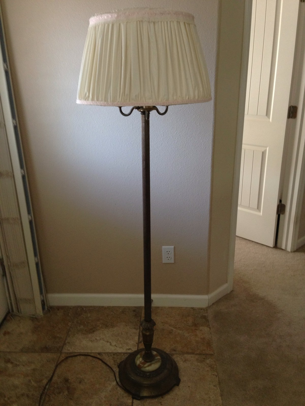 Antique Pole Lamps For A Better Lighting And Home