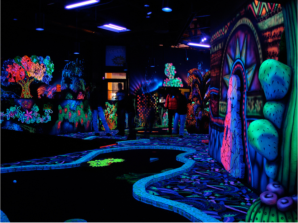 Best Blacklight Rooms