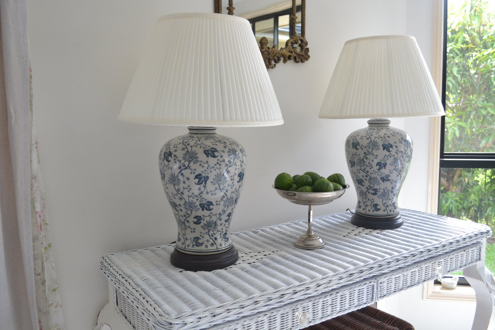 Blue And White Ginger Jar Lamps 25 Tips For Choosing
